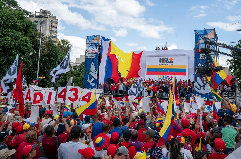 Venezuela no more Trump march stage