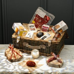 Cheese & Charcuterie Lovers Gift Set