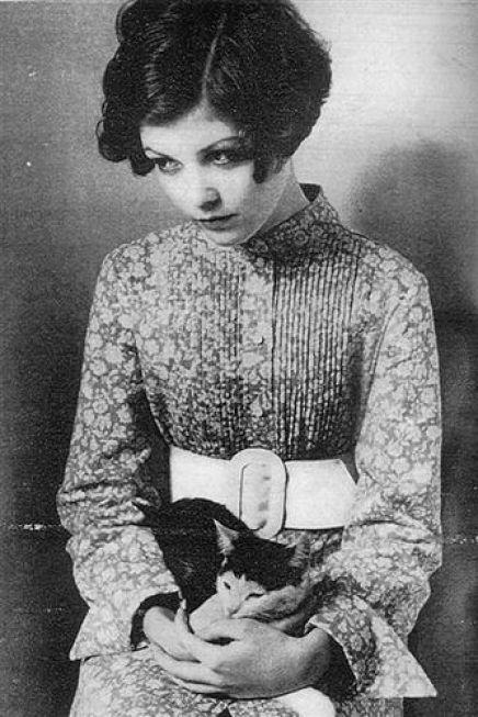 Clara Bow and Cat felines in film