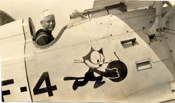 Felix the Cat F-4 airplane, cat mascots, black cats, cat insignia, cat in war