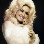 Dolly Parton and cat