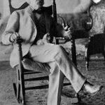 Mark Twain and cat