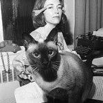 helen gurley brown and cat