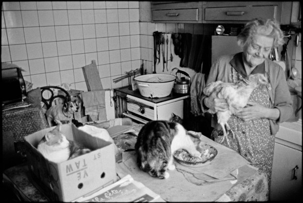 Lille. Retired lady with her animals, 1982 Martine Franck