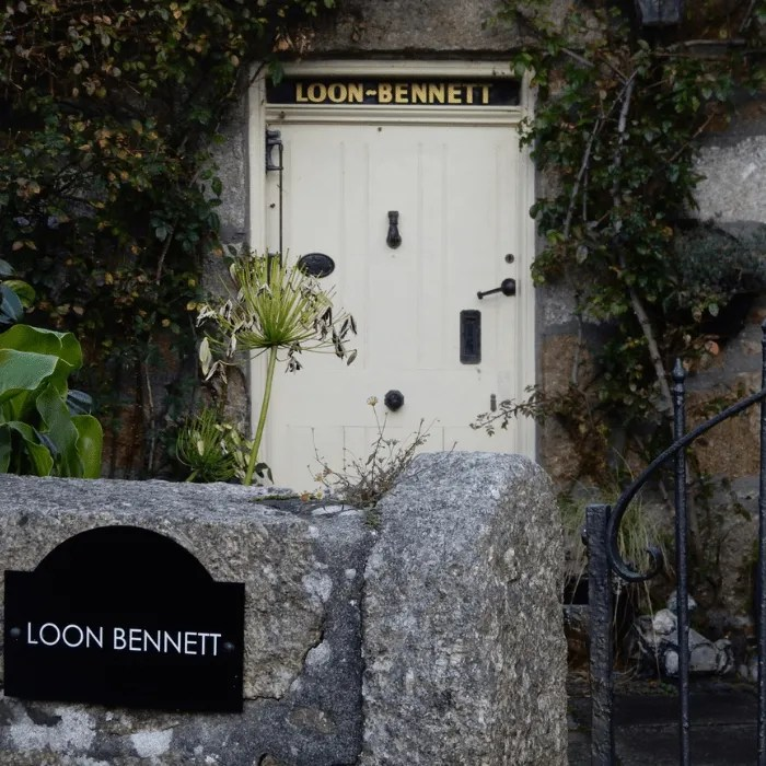 The door and garden gate of Loon Bennett in Mousehole