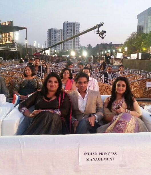 (Sharla Rambhadjan, Rakesh Jagai, Ritoe Boedjarath)