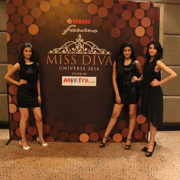 (L-R) Aakanksha Sareen, Aditi Sharma and Karanveer Singh