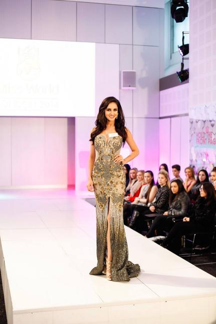 Koyal Rana winner of World Dress Designer Award at Miss World 2014