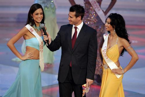 Misses Mexico & Canada battled it out for Miss World Americas title in the finals.  Mexico later finished as the 1st Runner-up to Miss World Unnur from Iceland.