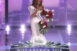 Betty Cantrell, Miss Georgia, is Miss America 2016