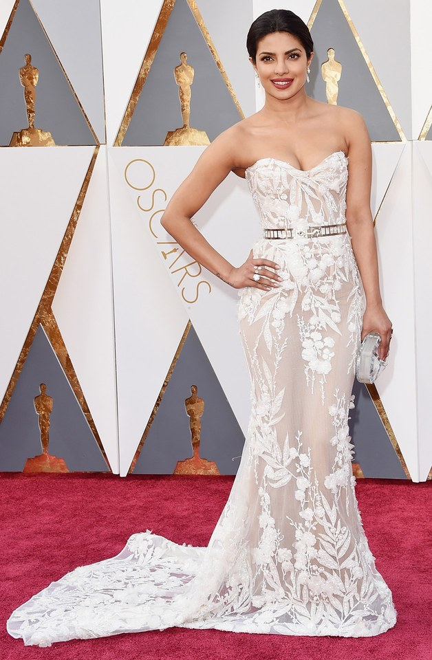 she was in our best list in Best and the worst dressed at Oscars 2016