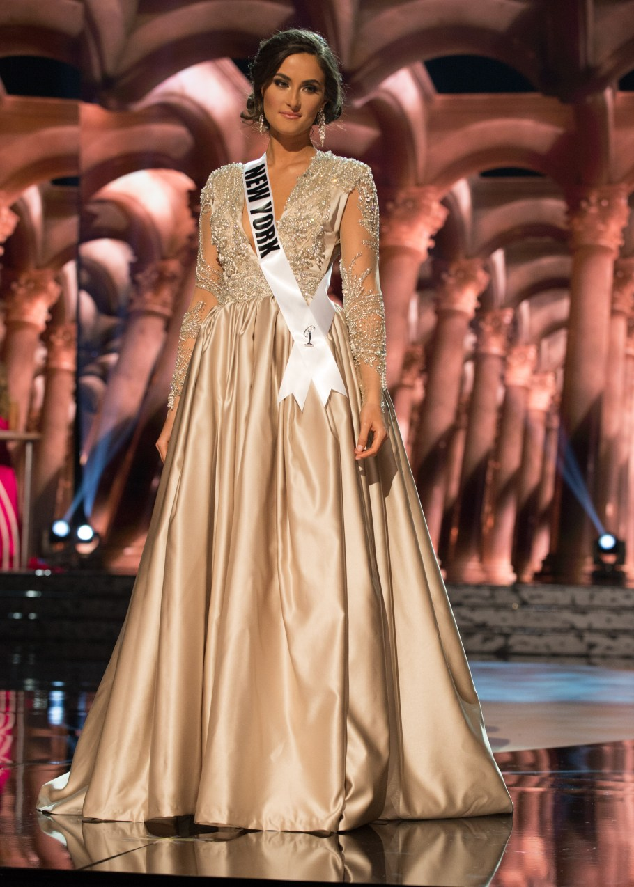 Serena Bucaj, Miss New York USA 2016 is one of the worst in Best and the worst Evening Gowns at Miss USA 2016 Preliminary show