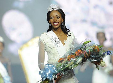 Thata Kenosi is crowned as Miss Botswana 2016