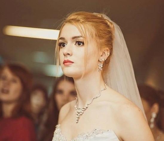 Alice Manyonok is chosen as Miss International Russia 2016