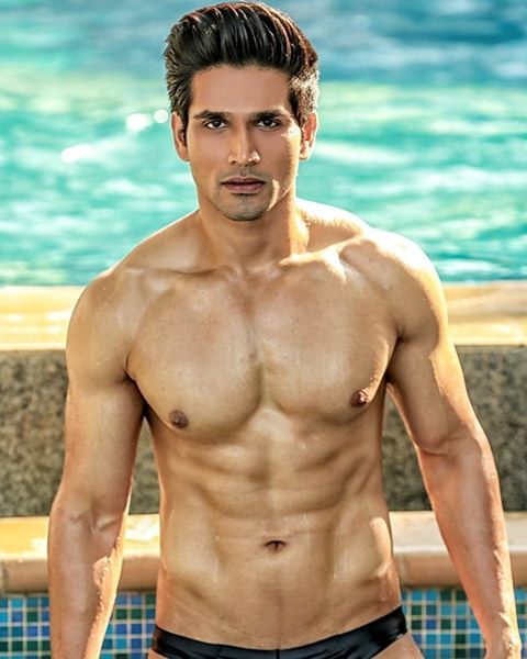 Altamash Faraz during Mr.India 2016 Bare Body Photo Shoot