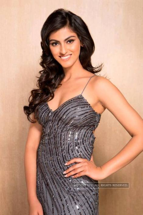 Shefali Sood is Femina Miss India Uttar Pradesh 2017