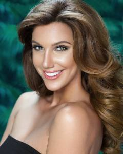 Laura De Sanctis is representing Contadora at Señorita Panama 2017