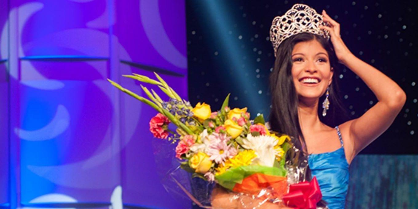 Sophia Dominguez-Heithoff from Missouri crowned Miss Teen USA 2017