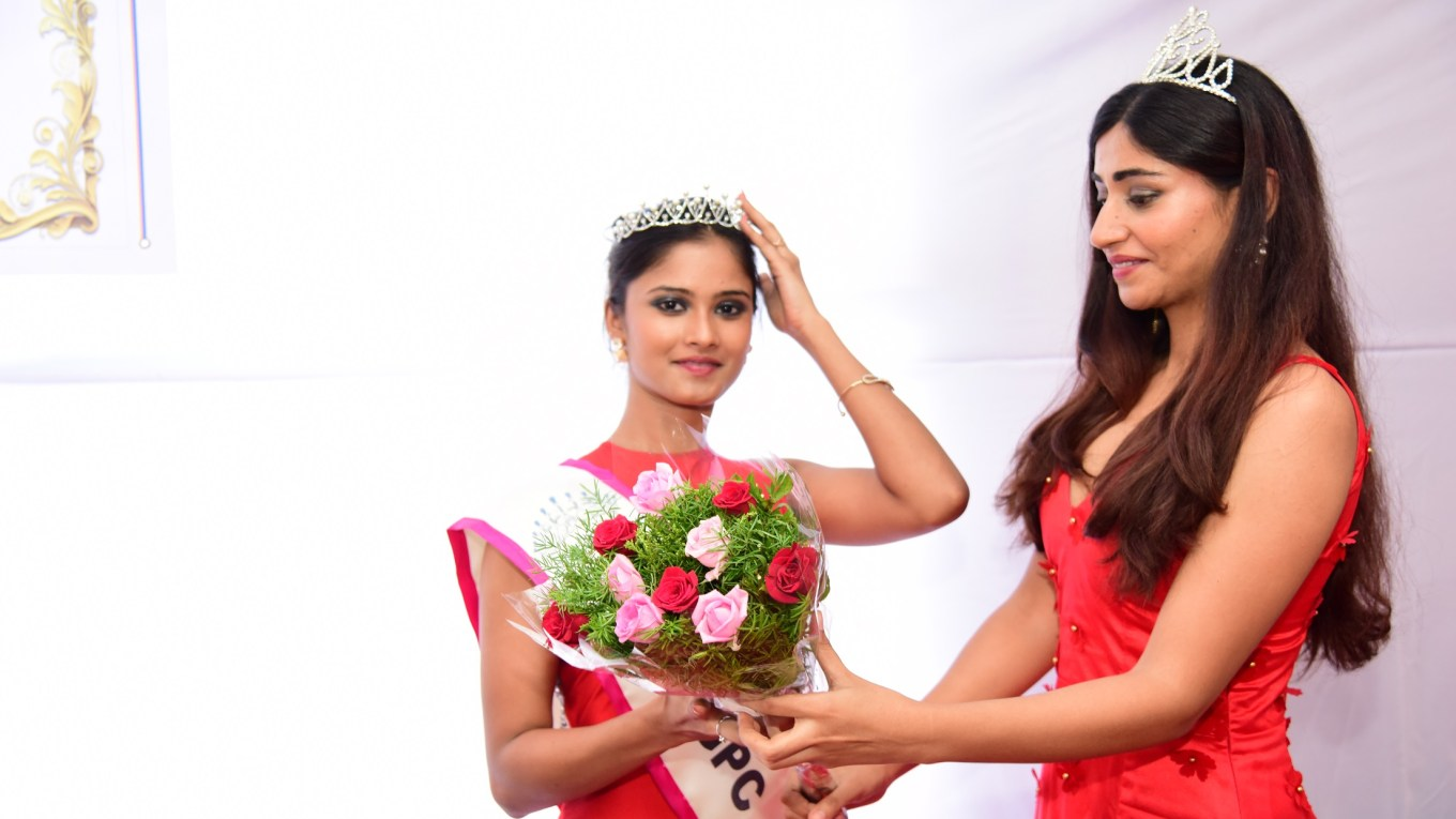 Shraddha Shashidhar crowned as Miss TGPC South 2017