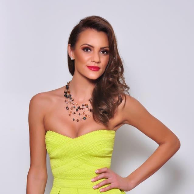 Mihaela Bosca is Miss World Romania 2017