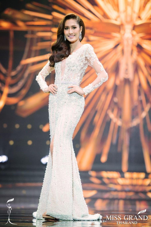 Ratiyaporn Chookaew is Miss International Thailand 2017