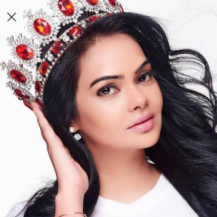 Judge: Shweta Chhaudhary- Mrs. India Earth 2017 Winner
