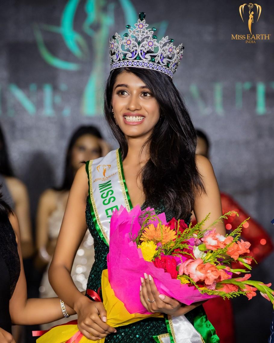 Rashmi Madhuri wins Miss Divine Beauty 2021