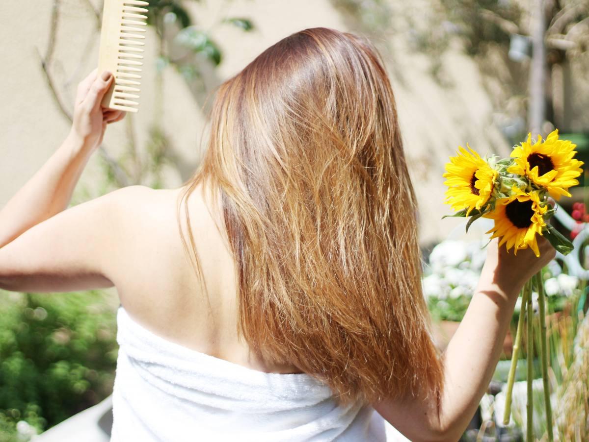 L'huile de tournesol pour des cheveux soyeux !