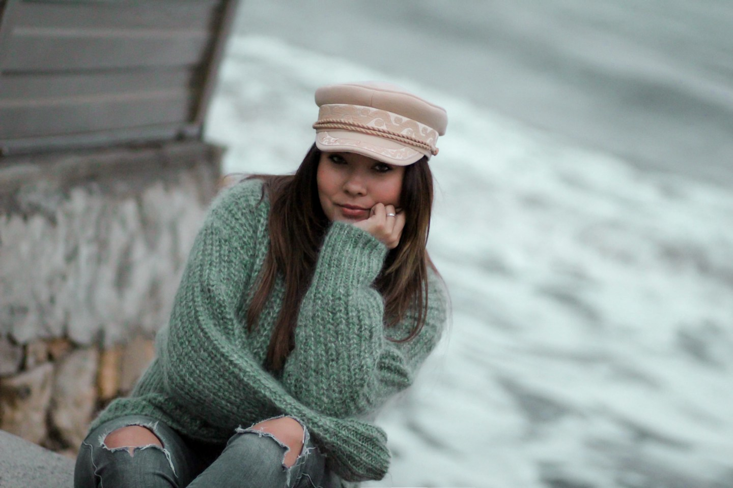 SOFT GREEN SWEATER !