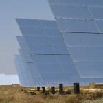 China desenvolve painéis solares que também geram energia com água da chuva
