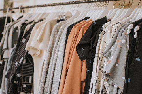 clothes wrack shop