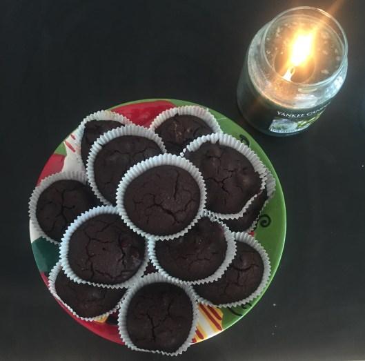 Muffin vegani pera e cioccolato