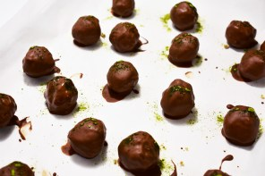 Healthy Truffles That Won't Hamper Your Health Goals
