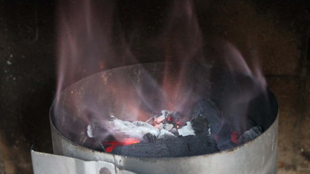 the green walnuts - sustainable barbecue chimney