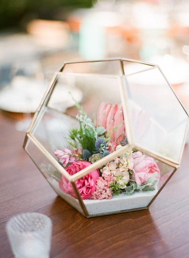 We Are So EGG-cited For Easter! Centerpieces that will make the Easter…