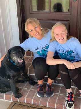 belinda and daughter for autism awareness