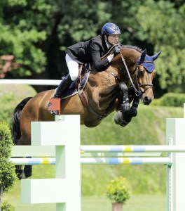 Show Jumping Grooms Required - Germany