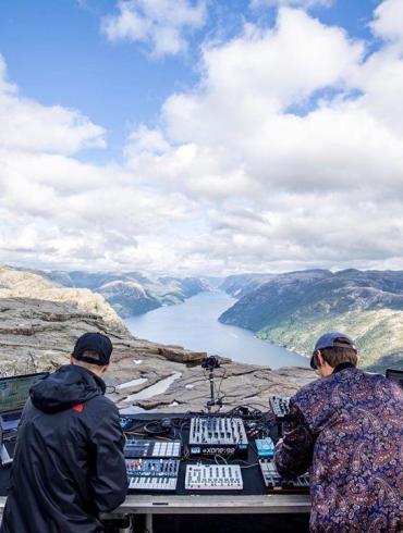 Cercle Einmusik Jonas Saalbach Preikestolen Norway