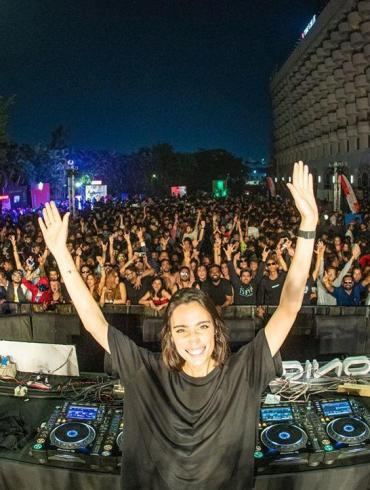 Techno star Amelie Lens in India