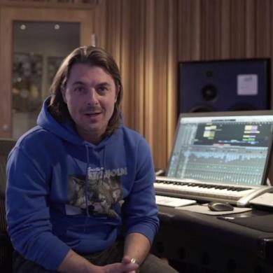 Axwell Axtone Academy screen