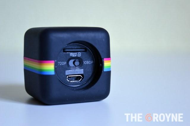 Polaroid Cube trasera, conexiones