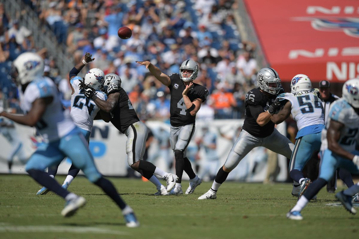 Titans fall to Raiders in Mariota's return