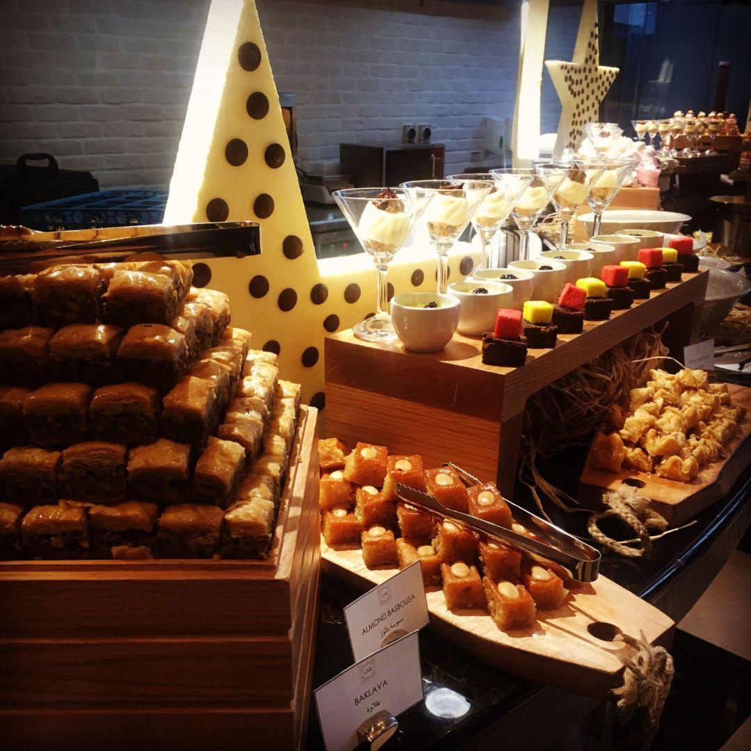 Iftar buffet Dukes Dubai