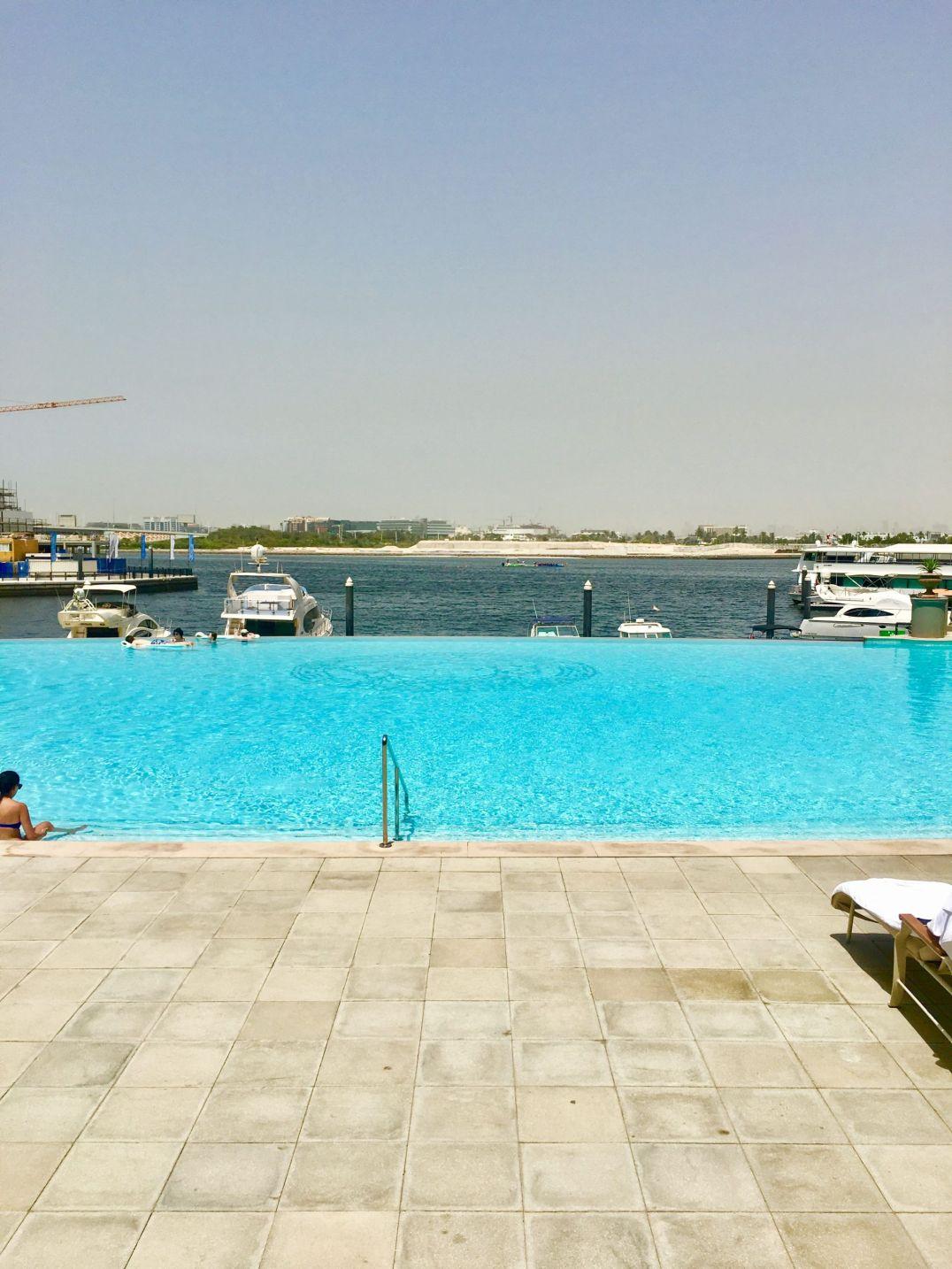 Pool-Palazzo-Versace-Dubai