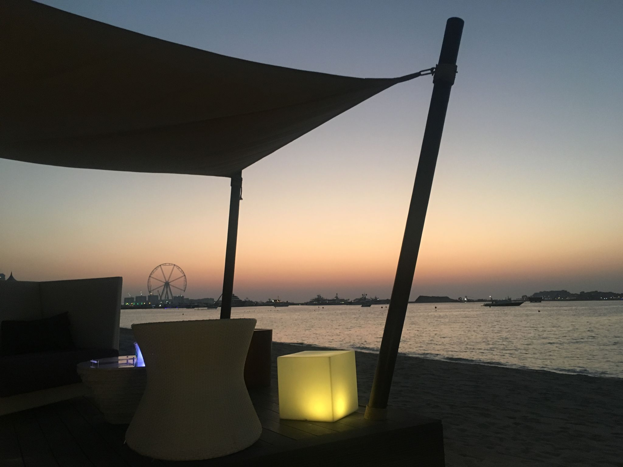 Palm-Views-Jetty-Lounge-Dubai-2