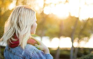 Self-esteem & self-confidence are often used interchangeably. Although they're very similar, they are two different concepts. Here's the difference!