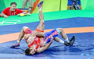 Bozo Starcevic (Croatia) won by decision over Andrew Bisek (United States) Dec 2-0. Photo by Anne Sachs/tech-fall.com