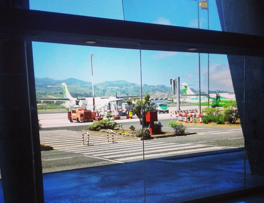 Miss Flyte: Airport