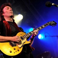 Steve Hackett (@HackettOfficial): magic touch guitar player
