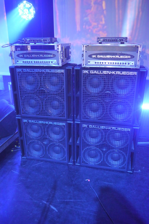 Bryan Beller Amps on the Satriani tour - The Guitar Channel